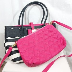 Betsey Johnson Bowtie Tote/Crossbody Set NWFlaws
